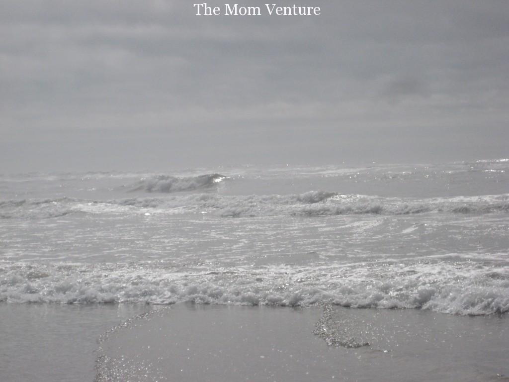 Newport Oregon Ocean Waves